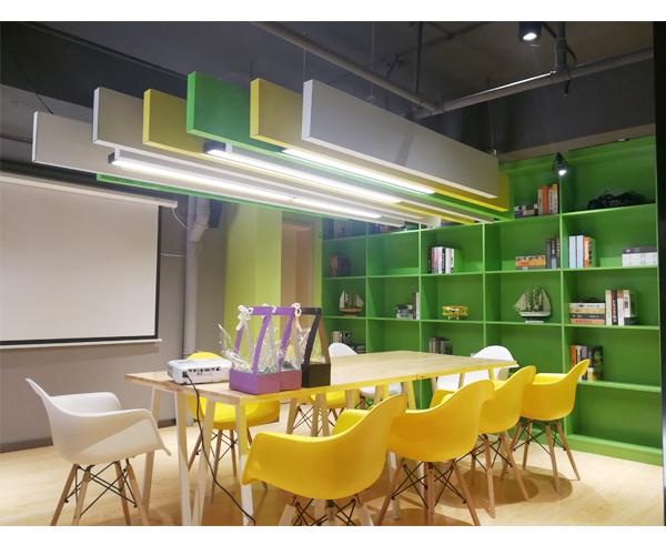 办公桌椅的尺寸多少合适?